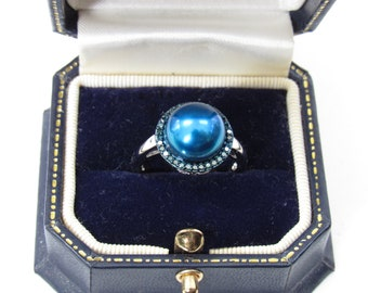 Honora Cultured Blue Pearl Ring,Blue diamonds surround 10 mm Sapphire color pearl,1.5 cttw Diamond,Sterling Setting Ring,Sz 7 ring,Excellent