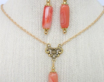 """Carnelian & 14k Gold Bead Pendant Earring Set, 20 X 9 X 9 mm variegated gemstone,14K GF beads,on gold bale and 18"""" snake chain, Goldwire ER"""