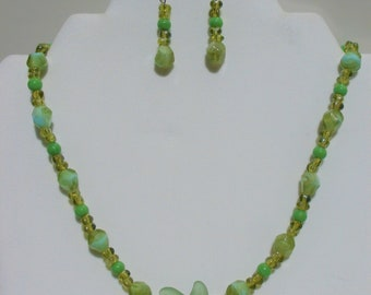 Mermaid Seaglass,Jewelry Set,seagreen glass,Necklace and Earrings, Seaglass set,green seaglass,seaglass jewelry,