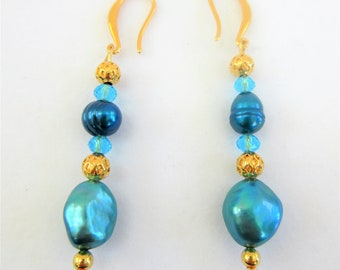 Genuine Cultured Freshwater teal pearls w/ 14k gold plate beads & ear hooks.Cut teal crystals add sparkle! Just gorgeous,Pearls,Gold,Crystal