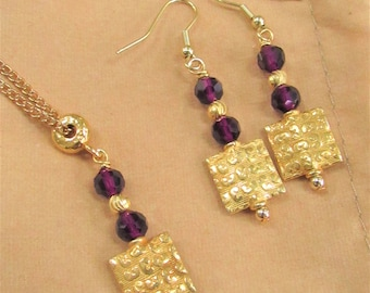 Gold Square,Purple Crystal bead,Textured Gold,Gold earring,Gold squares,Purple Beads,Purple Gold Earrings,Modern Gold Earrings,Klimt Earring
