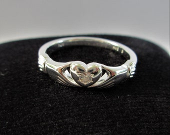 Sterling Silver Zircon Claddagh Size 7 & 8 Rings,faceted 3 mm .5 ct zircon, .925 solid sterling,friendship wedding band,Gorgeous sparkle NEW