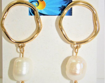 Pearl Gold Ring Earring,Gold Pearl Earrings,Pearl Gold Post,Gold Ring Post Earrings,Genuine Pearl Earrings,White Pearl Earrings,Gold Hoop ER