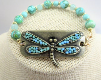 Dragonfly Wrist Tag Bracelet,inlaid sparkling beads Bracelet, Hand crafted stone,acrylic, gold metal beads, wired on lobster claw & ring