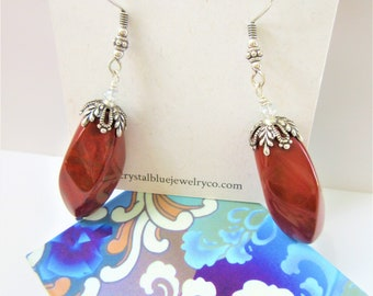 Red Jade bead earrings,Twist carved red brown beads w/antique silver bead cap,Sterling fish hook ear wires,Cinnabar,2 crystals color,Vintage