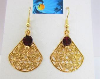 Gold Filigree Earrings, Garnet Earrings,14K Gold Filigree,Gold Fan Earrings,Dangle Garnet earrings, Gold Dangle Earrings, Garnet Gemstones