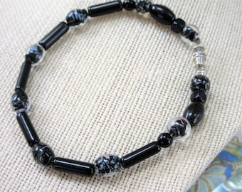 Unisex Beaded Wired Bracelet,9.5 inch fitted,8 mm smooth grey, onyx tubes cubes,oval round Lampwork Glass glass beads,threaded screw closure