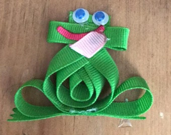 Frog Sculpture Hair Bow