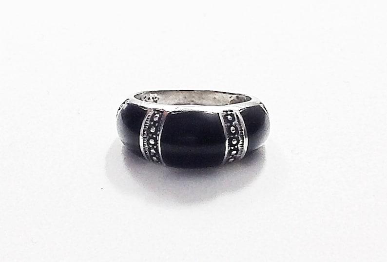 #-0595 Stunning Sterling silver ring w black onyx stone