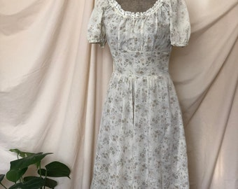 704ebfdefe2 1970s vintage handmade floral sundress   prairie dress with lace accents  size small