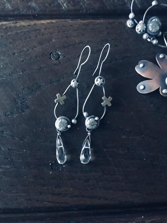 Faceted Clear Quartz Crystal Briolette Flower Drop Dangle Silver Earrings New