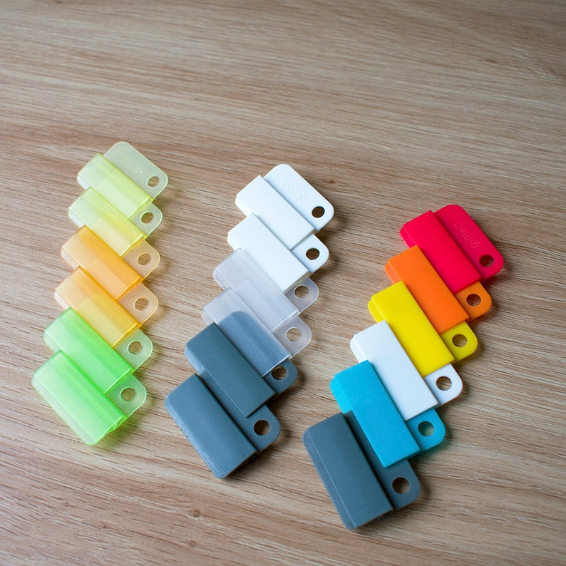 3 sets of Easy index clips, fast easy divider taps, colours may vary