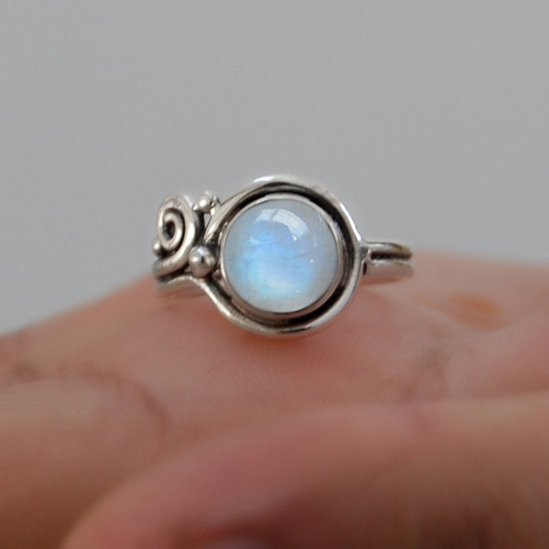Statement Ring 18K Yellow Gold Round Blue Moonstone Ring 18K Rose Gold Rainbow Moonstone 925 Sterling Silver Ring Zodiac Jewelry