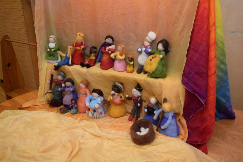 Puppets for Storytelling