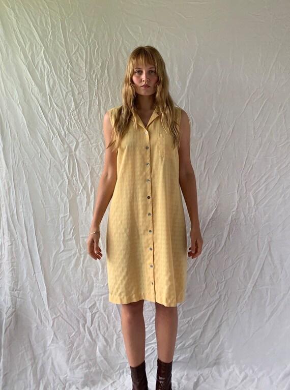 Vintage '90s buttery yellow button shirt summer mi