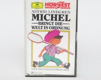 MICHEL Brings The World IN ORDER MC Cassette Astrid Lindgren Radio Play Music Vintage Games Childhood Memories Trend OVP Cult Rarity