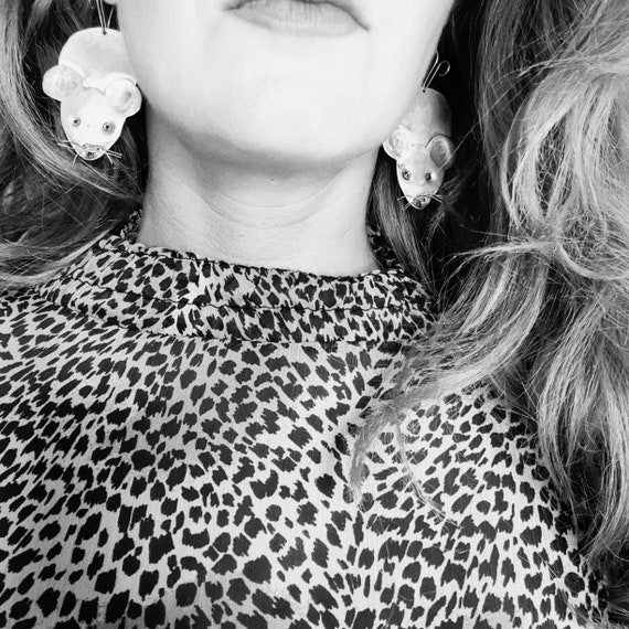 Crazy prezzo 2018 Spilla Da donna Cane Cuore Lip Giacca
