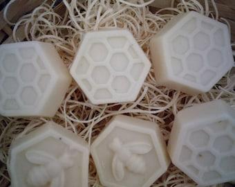 Mimi handmade 4x goat milk and honey soap
