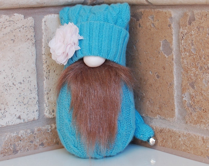 Blue Gnome with Pink Flower - Florus