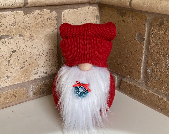 Frost the Holiday Gnotable Gnome