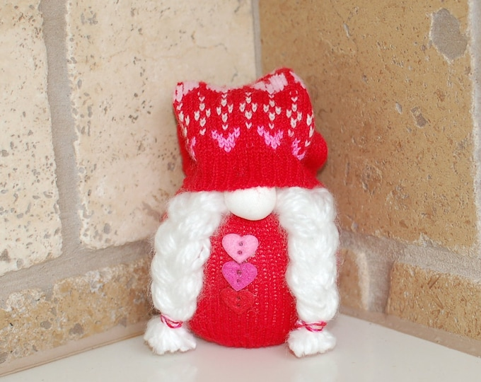 Red Valentine's Day Gnome - Carrina