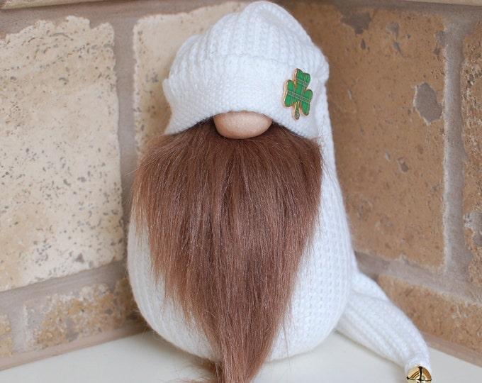 White Shamrock Gnome - Davey