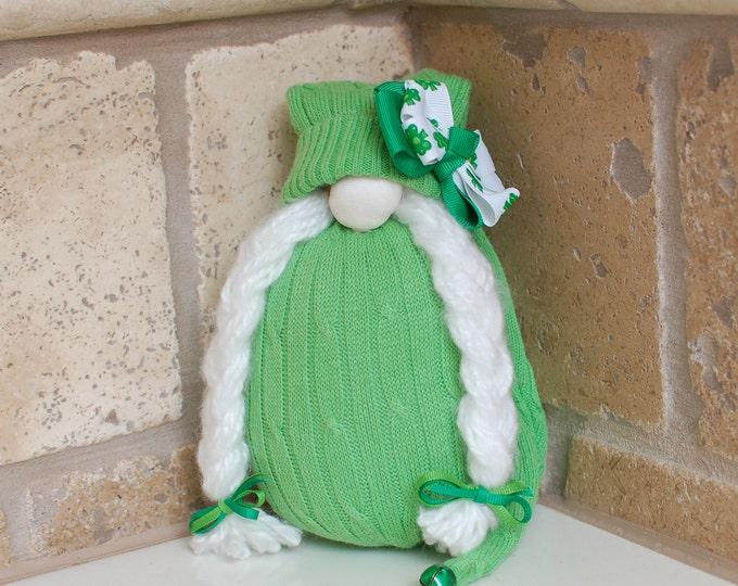 Green Bow St. Patrick's Day Gnome - Oma