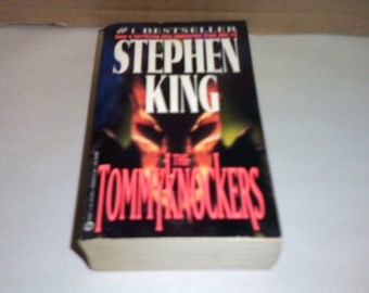 The Tommyknockers by Stephen King Vintage 1988 first printing tie in paperback!!!