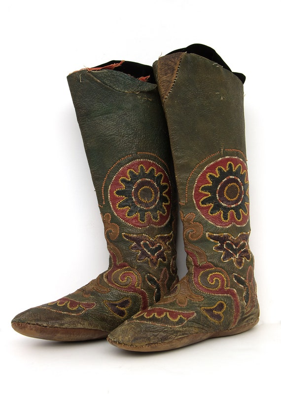Embroidered Kirghiz Riding Boots, 1900-1930s