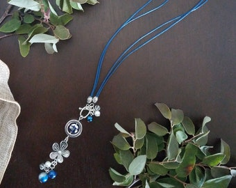 Convertible Leather Necklace - Blue Daisy Cluster