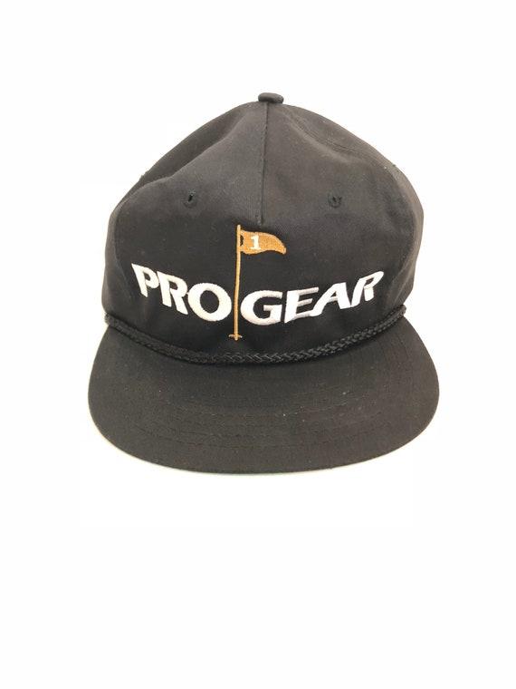 61fbed18b047d Vintage Pro Gear golf strapback hat