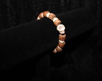 Wood and Skull stretch bracelet
