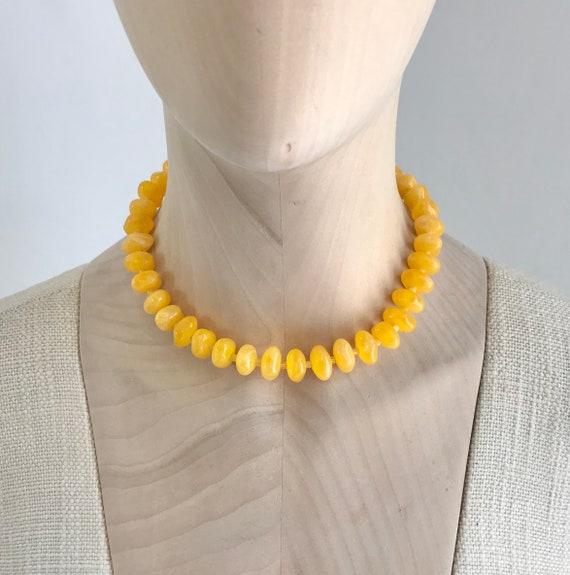 Vintage 1960's Yellow Marbled Resin Pebble Bead Ne