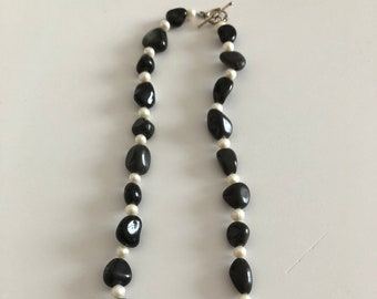 natural black stone /fresh water pearl necklace