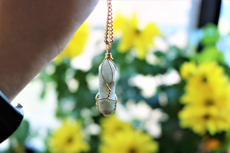 Labradorite Necklace Crystal Stone Green for Motivation