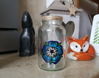 Yorkshire rose jar