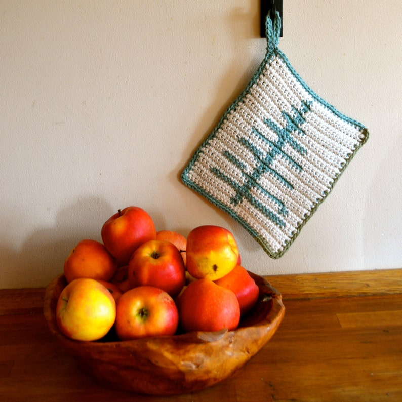 Crochet Pattern // Forest Potholder / Hotpad image 1