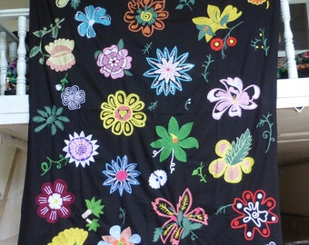 Traditional Uzbekistan Large Embroidery Suzani Bedspread Wall Panel Family Craft National Art Suzanne Kashta Spring Flowers