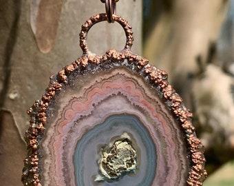 Solar Quartz; Clear Quartz Dangle Necklace; Quartz Stalactite ; Quartz Flower Jewelry Long Gold; Solar Quartz Slice