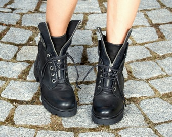 Black genuine leather boots/woman casual boots