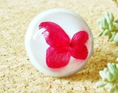 Real Hydrangea Ring, Preserved flower jewelry, Dried Flower Ring, Hydrangea jewelry, Red resin ring, Unique Cocktail ring, White large ring