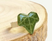 Ivy ring, Pressed leaf ring, Botanical resin ring, Green leaf ring, Eco resin ring, Bohemian ring adjustable, Ivy jewelry, Gift for women