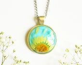 Sunflower necklace, Real flower necklace, Pressed flower necklace, Yellow flower pendant, Sunflower jewelry, Birthday gift, Resin jewelry