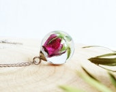Pink rosebud necklace, Resin rose necklace, Floral wedding necklace, Rose bud jewelry, Pink flower resin necklace, Unique bridal gift ideas