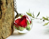 Crystal rose flower necklace, Real rose bud necklace, Terrarium resin necklace, Red rose flower necklace, Crystal resin necklace, Gift ideas