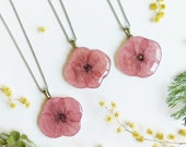 Dainty birth flower necklace, Pressed poppy flower necklace, Best friend birthday gifts, Birth flower august jewelry, Dainty floral necklace