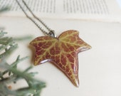 Handmade Nature Necklace, Real ivy leaf necklace, Mountain necklace for men, Unisex gift idea, Sustainable resin necklace, Eco friendly gift