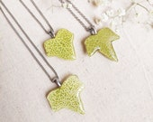 Dainty leaf necklace, Spring leaf necklace, Tiny leaf necklace, Light green necklace, Birthday gifts for mom, Ivy leaf jewelry, Gift for her