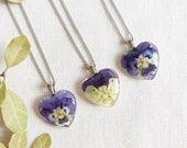 Resin Real Flower necklace, Pansy pendant, Simple flower necklace, Birthday Gifts for Friend, Small flower necklace, Johnny jump up jewelry