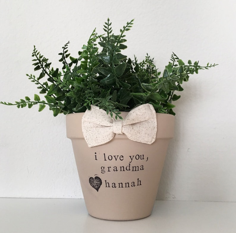 Mothers day gift for grandma personalized flower pot shabby image 0